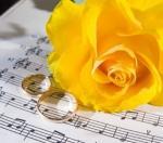 Gyűrűhúzás és aláírás zenéi a polgári szertartáson